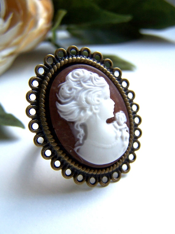 the brown lady cameo ring.