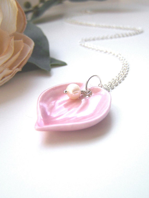 the pink petal necklace.