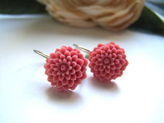 Raspberry Collette Dangle Earrings