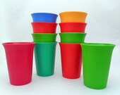 vintage tupperware tumblers set of 10 kids cups bell rim 70s kitchen kids party cups
