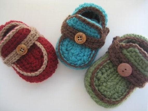 Boy's Moccasins Crochet Baby Booties Pattern ( pdf pattern for sale) 4 sizes