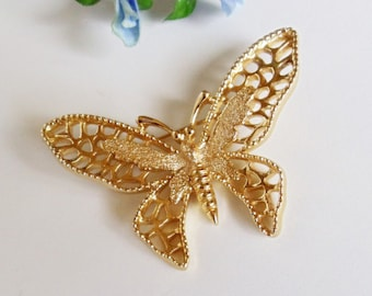 Butterfly Brooch- Sarah Coventry Pin- Vintage-  Filigree- 1970s