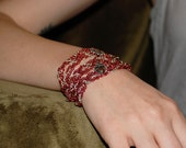 Heart wrapped aluminum chain bracelet