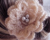 ROMANTIC NEUTRAL  latte LARGE FLOWER PIN/CLIP WITH PEARLS
