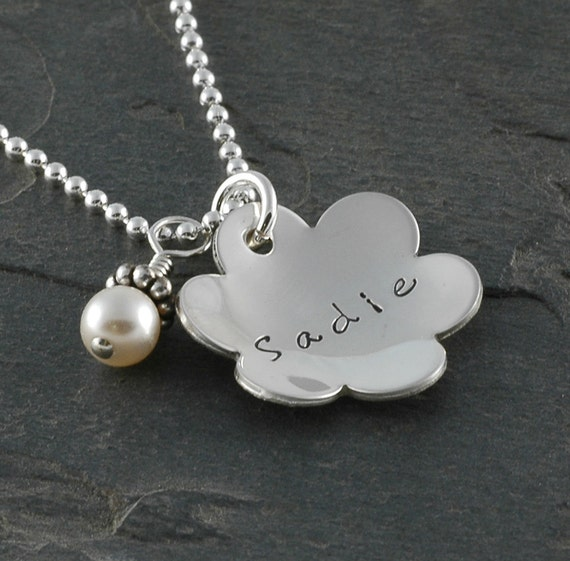 Personalized Flower Necklace with pearl - domed with name - Sterling Silver - Mommy jewelry - Flower Girl