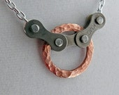 bicycle chain and hammered copper circle bike jewelry, bicycle necklace, bicycle part jewelry, cycling necklace