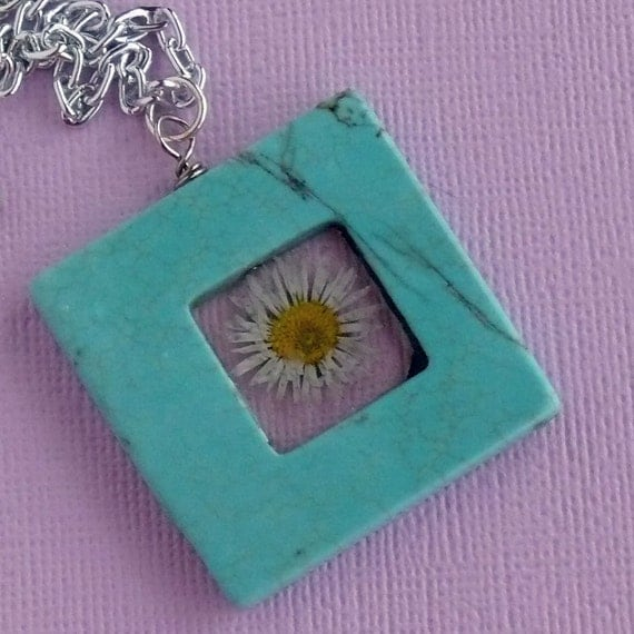 real pressed flower turquoise resin pendant