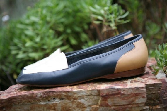 tri color leather loafers size 7