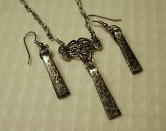 FREE SHIPPING Vintage Silver Fork Tine Necklace and Earring Set