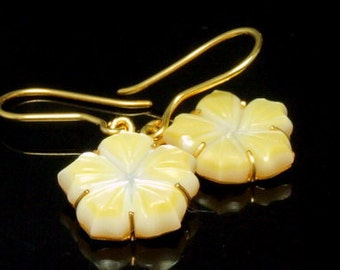 24K gold earring with gold mother pearl handmade engraved