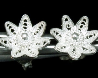 Sil-E-006 Silver fret flower shape sterling silver post stud earrings