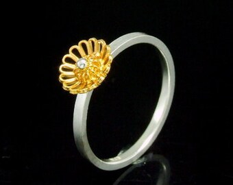 Sil-RG-020 Silver fret flower shape gold vermeil over sterling silver plain square shank rings