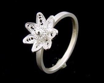 Sil-R-023 Silver fret flower shape sterling silver plain square shank rings