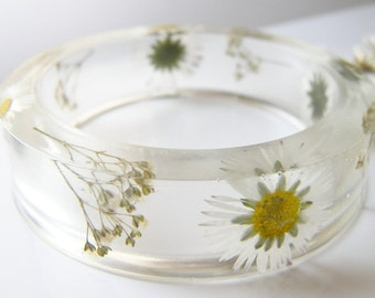 Real Daisy Bangle, Botanical Bracelet, Real Flower Jewelry, Pressed Flower, Nature Resin Bracelet