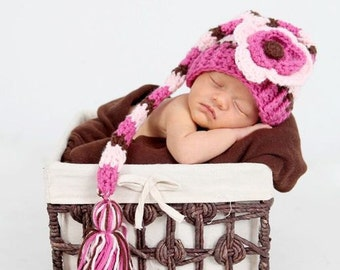 Newborn Elf Hat, Newborn Girl Efl Hat, Newborn Hat Photo Prop, Baby Stocking Hat, Elf Hat with Flower, Newborn Baby Crochet PHOTO PROP