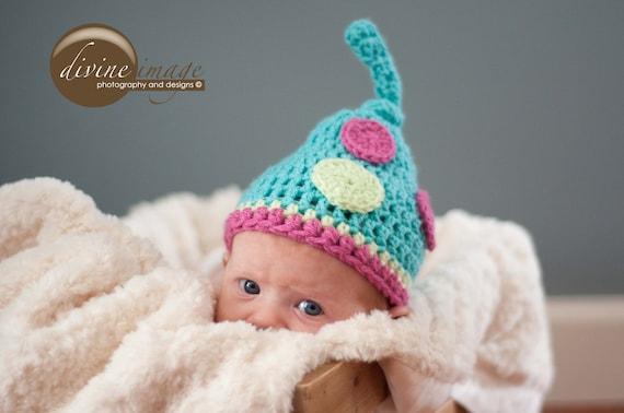 Newborn Hat, Crochet Baby Hat, Fun Knotted Hat with Polka Dots, Newborn Boy Hat, Newborn Girl Hat, Crochet Hat, Newborn Crochet Photo Prop