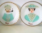 Kitsch Retro Couple Decorative Plates