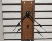 Rustic Skeleton Key Clock