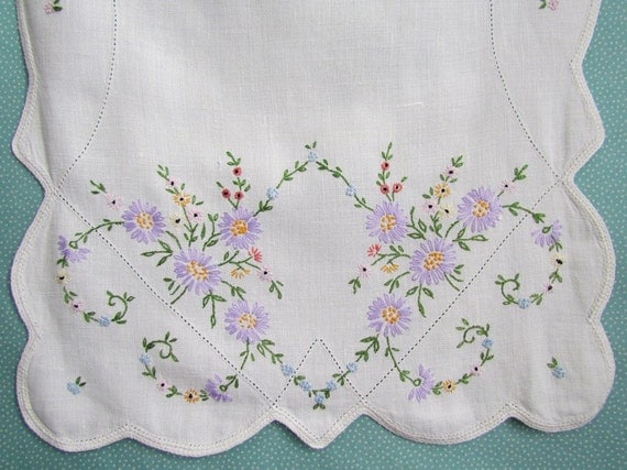 Linen Embroidered Vintage Runner Beautiful
