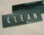 Quick Flick, Clean / Dirty Dishwasher Magnet Sign (green)
