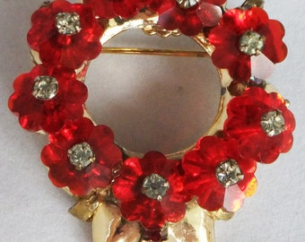 Vintage jewelry brooch red crystal and clear rhinestone brooch on gold tone brooch 60s