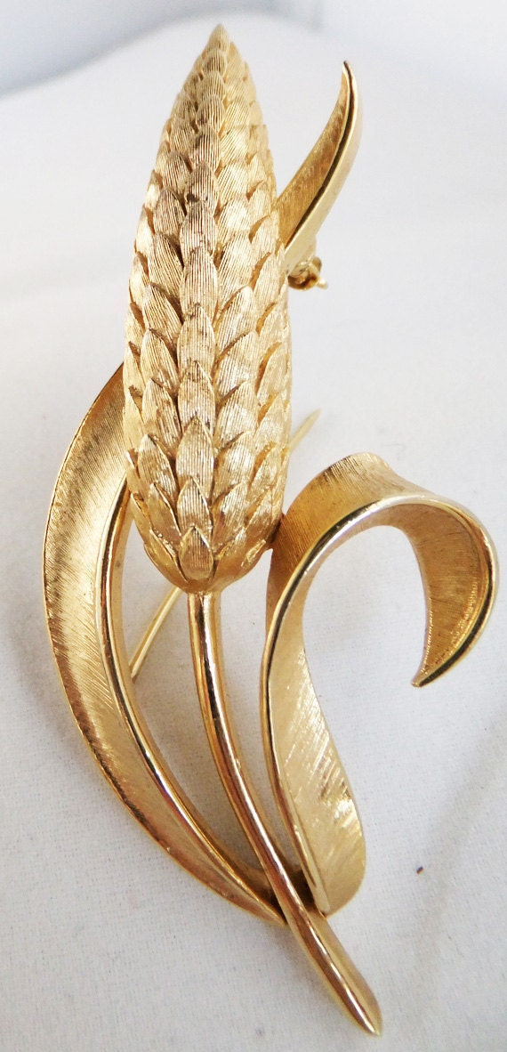 Vintage gold tone Trifari with crown over T corn brooch highly collectible Trifari brooch Sale half price