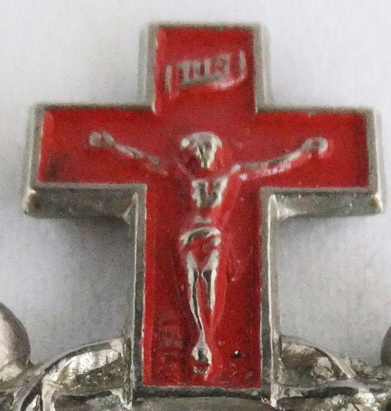 Vintage jewelry ring in silver tone with red enamel made in Italy rosary ring