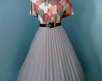 Vintage 50s 60s 80s Gray  Accordion Style Pleated Full Skirt
