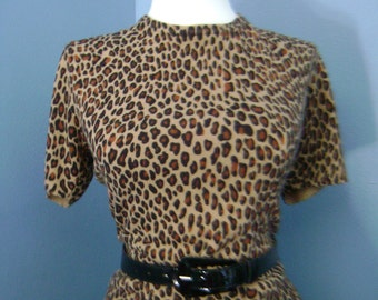 Sexy VINTAGE Cheetah LEOPARD Animal Print Knit Short Sleeve SWEATER Top