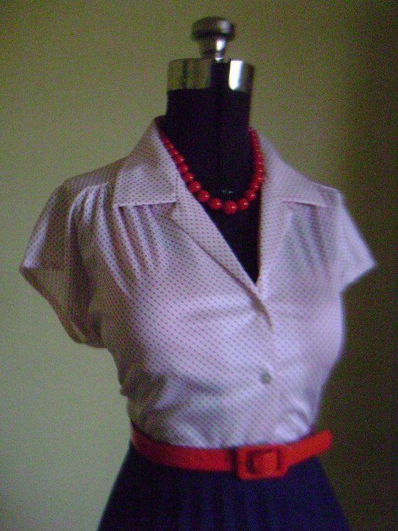 Flirty 1950s 1960s Atomic White and Red Polka Dot Button Down Short Sleeve Blouse Shirt Top