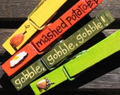 THANKSGIVING TABLE SETTING hand painted magnetic clothespin set