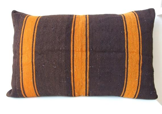 Vintage wool kilim Pillow Cover - rug