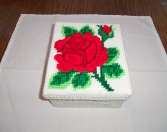 Rose Topped Trinket Box