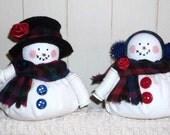 Snowman and Snowwoman Button Dolls