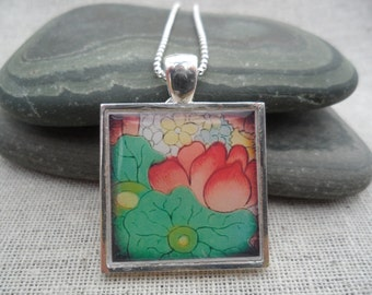 Green Flower Pendant - Simple Everyday Silver Necklace - Modern Silver Jewelry - Fun & Unique