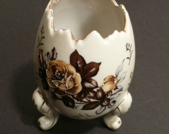 Fine Porcelain Hand Painted NAPCOWARE Egg Vase
