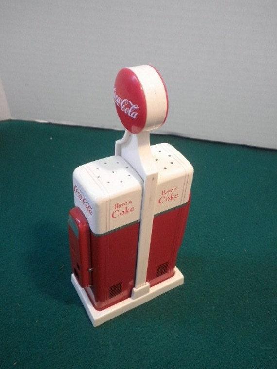Coca Cola Coke Salt and Pepper Vending Machine Shakers, circa 1990