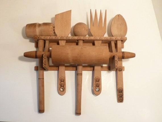 Hanging Kitchen Wooden Utensil Set