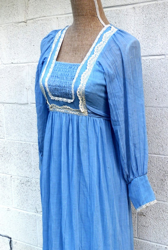 Blue Flowing Crinkled 70's Prom Maxi Dress with Lace Trim size XS