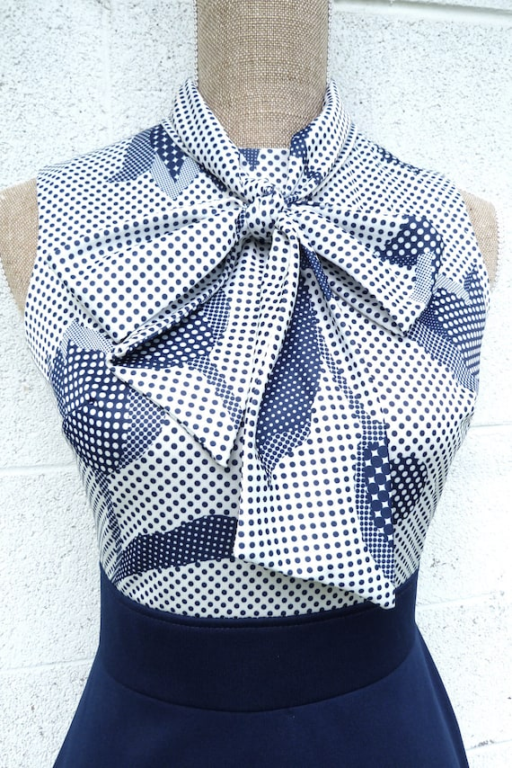 Sixties Mod Polka Dot Floral Navy and White Shift Dress Size SMALL