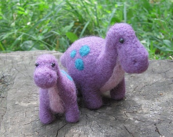 Needle felted Mama and baby Dino