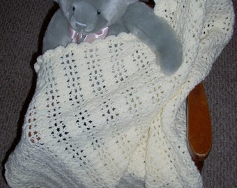 Dreamy Lace Baby Throw
