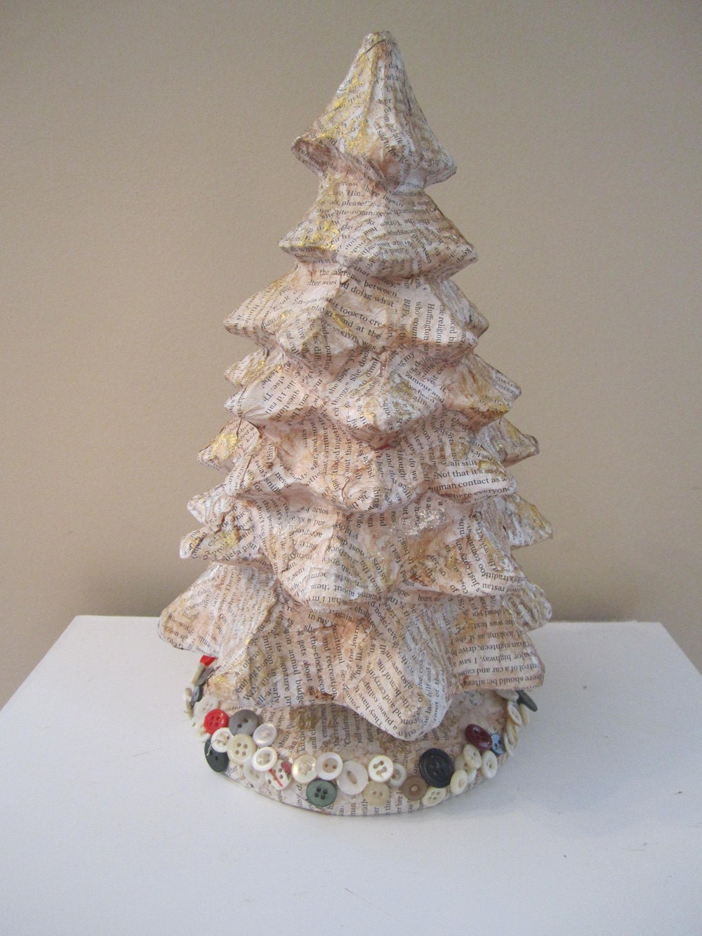Book page christmas tree shabby chic paper mache tree pafa for Paper mache christmas