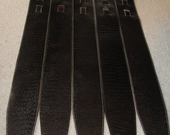 Leather bass guitar strap