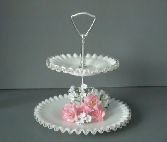 Vintage fenton cake stand fenton 2 tier plate wedding for Le canape maker