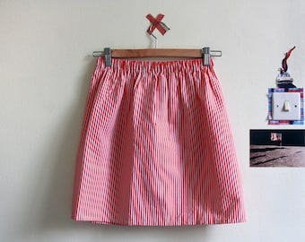 the Lana -skirt (striped red and white cotton print mini skirt with elastic waist size UK 6-10)
