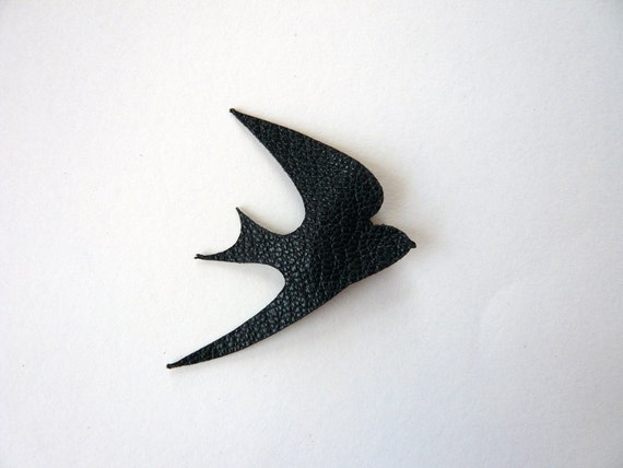 Leather swallow badge - black