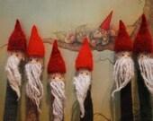gnome home (dpn holders) KNITTING PATTERN