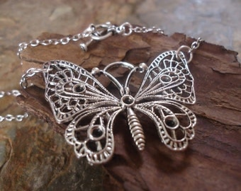 SILVER BUTTERFLY delicate chain 56