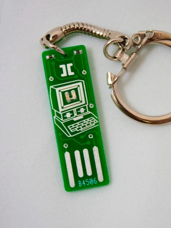 Apple Too USB Circuit Board Keychain - Lights Up